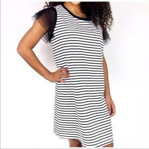 Adrienne Vittadini striped flutter sleeve dress XS